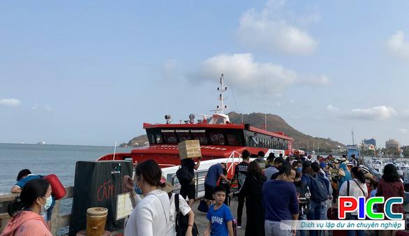 Dự án Bến tàu vận tải hành khách hàng hóa từ bờ ra đảo tại Cà Mau