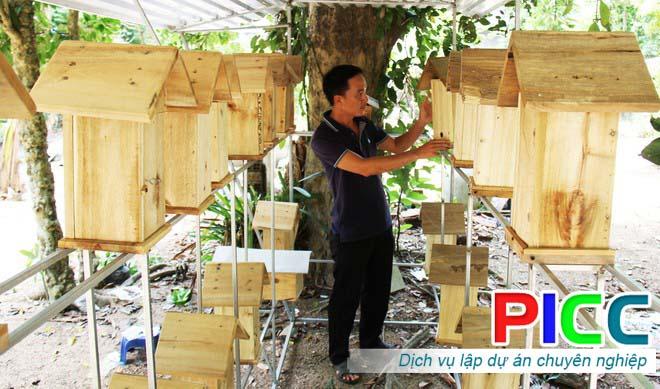 Làm nhà cho ong