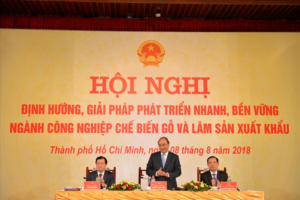 Thủ tướng Chính phủ chủ trì Hội nghị về phát triển bền vững chế biến lâm sản xuất khẩu