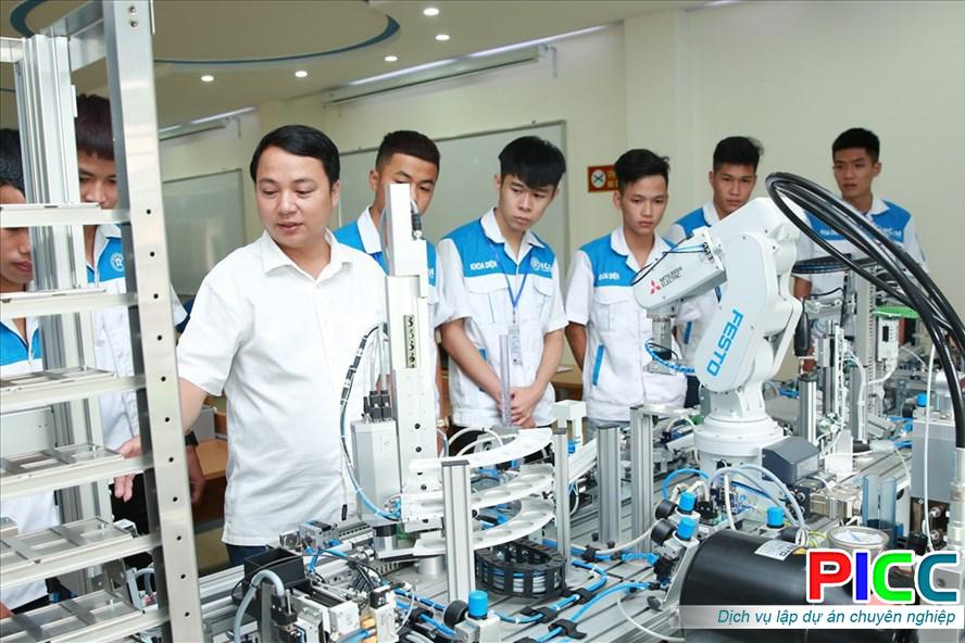 Trung tâm đào tạo nguồn lực kỹ thuật cao TPHCM